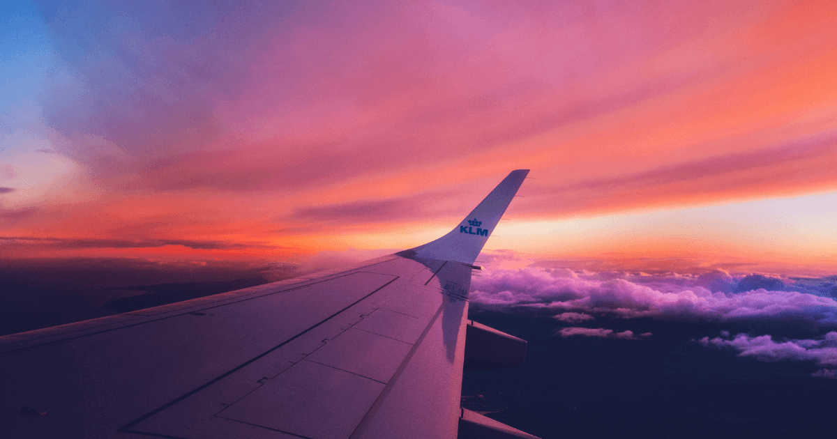 飛行機が怖くても乗るしかない